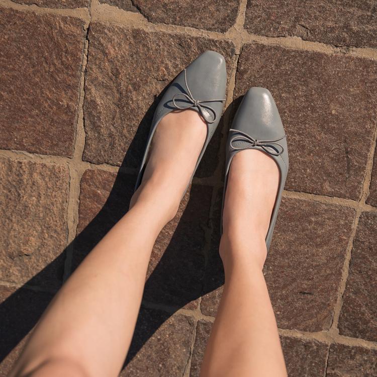 D+AF莫蘭迪 小方頭芭蕾平底娃娃鞋